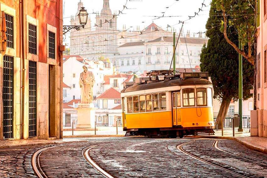 28 трамвай в Лиссабоне (фото с маршрута)