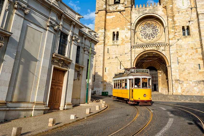 Экскурсии Лиссабон-Москва: Достопримечательности Лиссабона с гидом