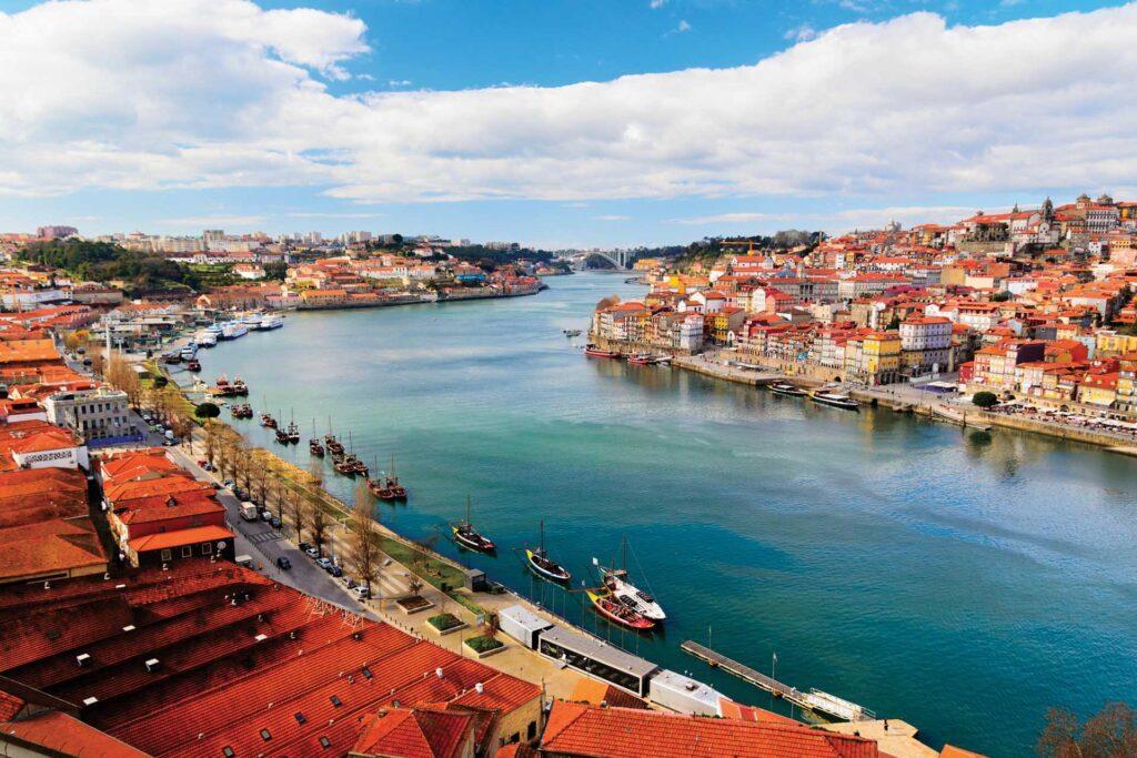 Экскурсии по Лиссабону и Португалии: Порту + 5 городов (двухдневная экскурсия с ночевкой в г. Порту)